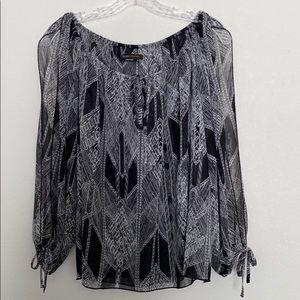 BCBG Maxazria Open Sleeve Blouse Size M